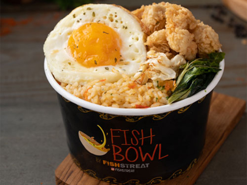 EGGSY SPICE RICE BOWL WITH CALAMARY